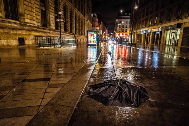 Pris par la pluie